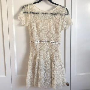 Bnwt papaya lace dress.